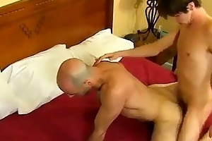 twink video daddy and mate end up in a perspired