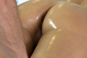 massage rooms hot d like to fuck enjoys large