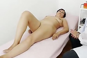 redhead madam internal piss aperture medical-tool