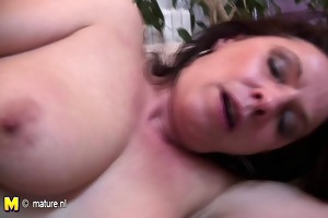 older floozy mother likes a younger cock inside