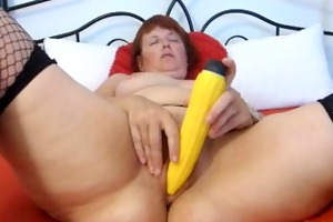 stroking with vibrator to agonorgasmos