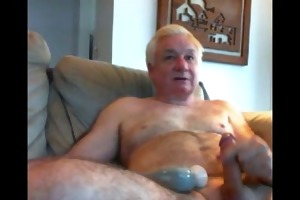 likeaolder grandpa 66 y d jerking and playing