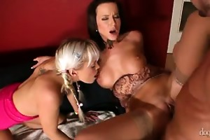 mamma and daddy are fucking my friends vol 03