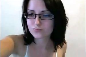nerd gal shows her body