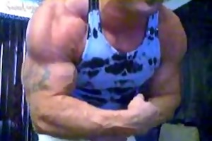 bodybuilder caesar dildo ride