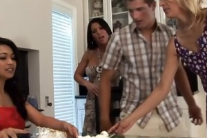horny housewives fuck the bag boy
