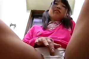 hiddencam big sister masturbation