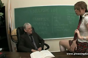 young slut bonks old teacher to pass the class