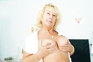 blonde d like to fuck greta large natural