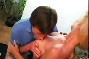 mature blonde mom screwed by younger