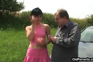 roadside stop for a quickie