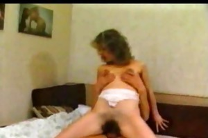 bushy mom fucked by her dirty dude