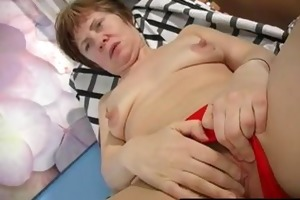 grandmas sex toy makes her squirt