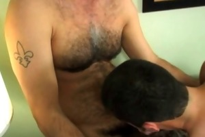 very hot hairy dad discharge cum in mouth