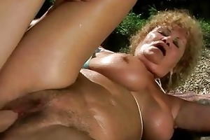 ugly old wench receives fucked hard outdoor