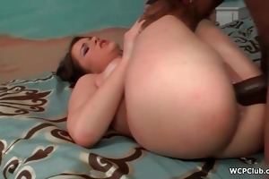 horny brunette hair getting her snatch screwed