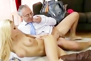 tiny blonde slut receives a cumshot