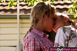 girls out west - skinny blonde lesbos in the