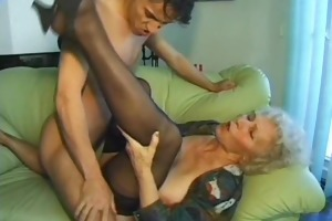 old amateur older wife sucks and bonks with