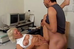 a moms passion of the pussy