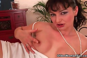 hairy soccer mama unloads the neighbors ramrod