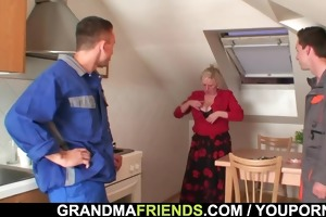 nasty granny widens her legs for ramrods