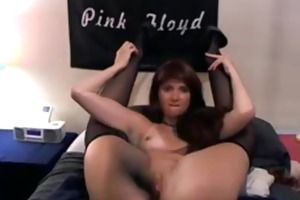 kink naughty cougar daisy plays with her huge toys