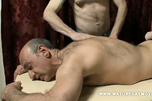 daddy receives a massage and bonks the masseur