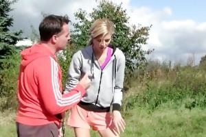 young blondie t live without jogging and fucking