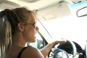 nicole ray and debi diamond in a car