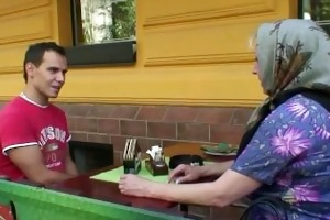 groaning granny rides his young rod
