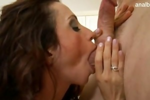gorgeous pornstar squirting
