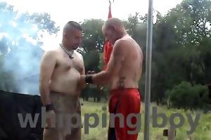army dad punishes bondman outside