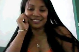 filipina on livecam at work sellyoursextape