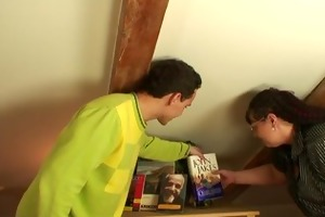 he picks up breasty bookworm floozy for play