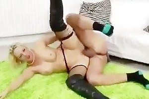 nylons floozy gets a ejaculation after getting