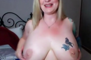 hot tattooed fat blonde becky masturbates