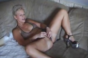 busty non-professional mother i toys and sucks