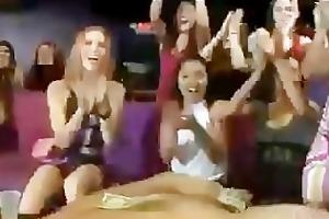 bitch fingering in club
