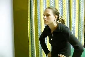 deutsches dünnes teeny girl wird gefickt