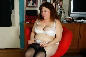 dark nylons give mommy the highest level of