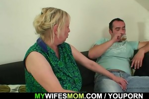 her daughters leaves and she is fucks her guy
