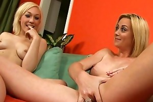 hot show from hawt mama and her golden-haired