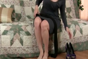 fuckable mama masturbates in darksome pantyhose